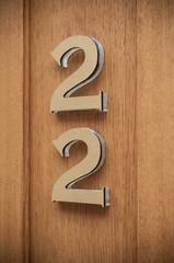 numéro 22 en façade d'immeuble