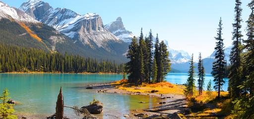Famous Spirit island in Maligne lake near Jasper