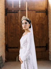 Beautiful femaleæin wedding dress