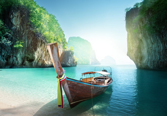 Fotomurales - boat on the beach , Krabi province, Thailand