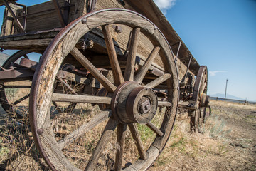 Antique Western Carriage with Wagon Wheel