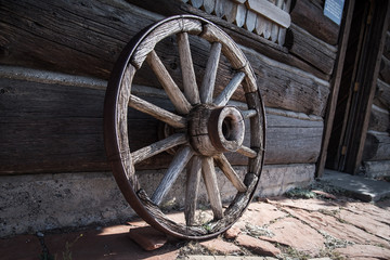 Antique Vintage Wagon Wheel