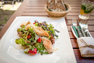 Fresh Summer Salad with Chicken and Strawberries