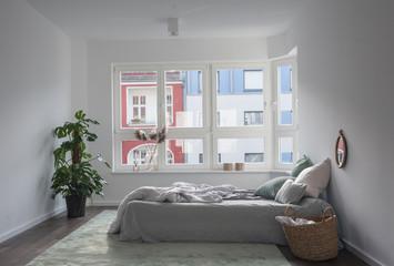 Schlafzimmer im Morgenlicht