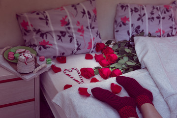 breakfast in bed with red roses