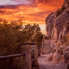 Schody z Montserrat o zachodzie słońca