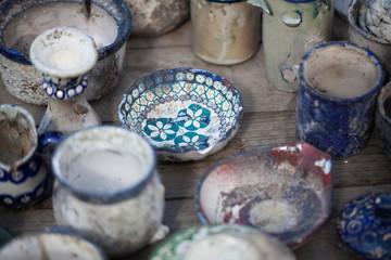 Boleslawiec ceramics - destroyed ceramics - art