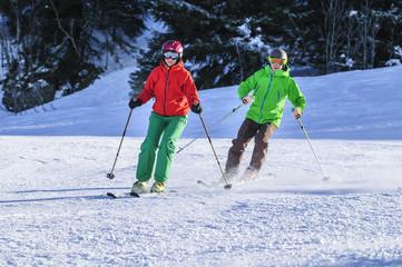 alpiner Skisport auf bestens präparierter Piste