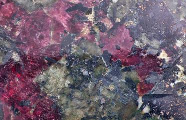 Minerał eudialyte czerwono czarny