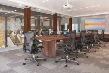 Konferenzraum - Meetingraum  - Großraumbüro - Bürogebäude - Bürofläche - Gewerbefläche - Immobilie