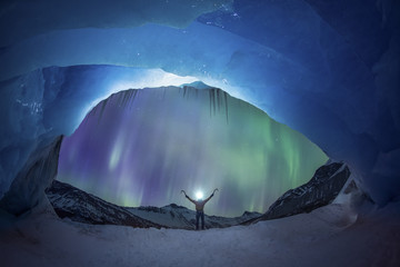 Aurora Borealis over Athabasca Glacier at night, Jasper, Canada
