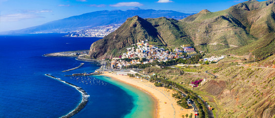 Stores photo Iles Canaries Beaches of Tenerife- Las Teresitas with scenic San Andres village. Canary islands of Spain
