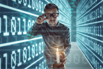 Nerd verirrt sich im Cyberspace