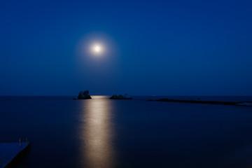 moon, sea and rocks/ Camel rocks and three sisters at night