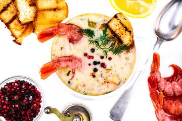 Creamy cream soup with shrimps