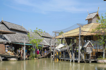 PATTAYA,THAILAND - 30 OCTOBER 2017 : Tourist shopping and Scenic boat ride in Pattaya Floating Market, Pattaya city famous tourist attraction of Thailand.