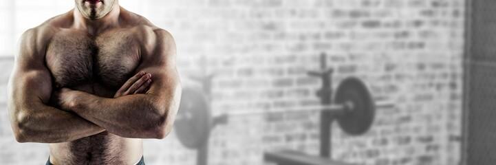 Dopasuj silny człowiek w siłowni