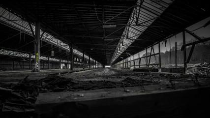 370m verlassene Halle