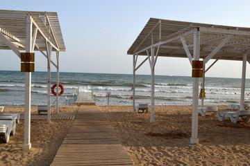 пляж у моря