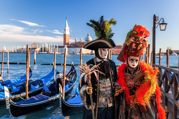 Foto op Plexiglas Gondolas Colorful carnival masks at a traditional festival in Venice, Italy