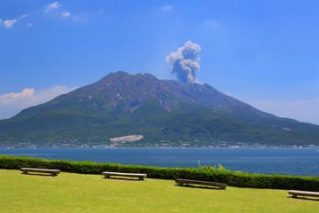 仙巌園からの桜島 -雄大な景観が美しい島津家の別邸より-