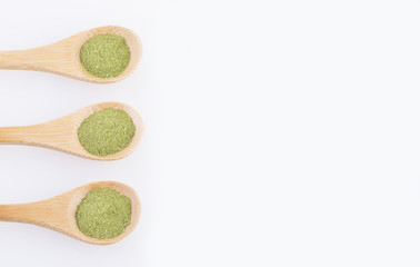 Organic moringa powder - Moringa oleifera