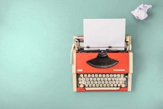 Red typewriter (top view)