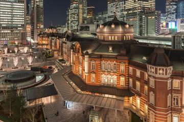 東京駅の夜景ライトアップ