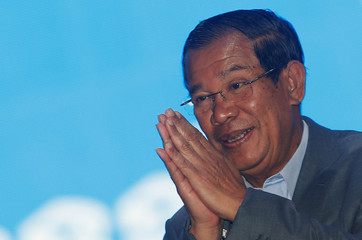 Cambodia's Prime Minister Hun Sen arrives to attend the Cambodian People's Party (CPP) congress in Phnom Penh, Cambodia