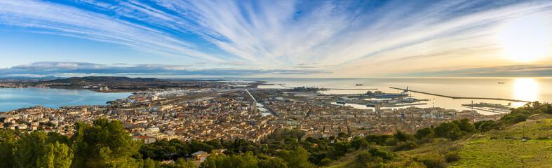 Panoramique depuis le Mont Saint Clair à Sète, Hérault en Occitanie, France