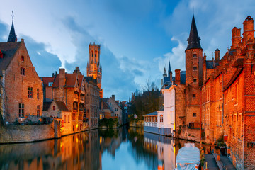 Aluminium Prints Bridges Brugge. Embankment of roses.