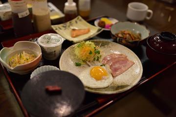 沖縄市のデイゴホテルの和定食