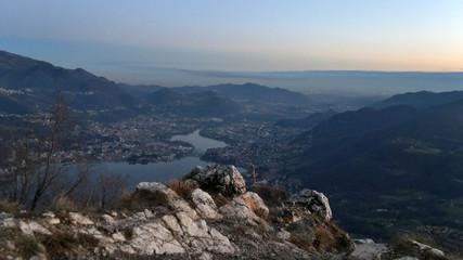 Panorama della conca di Lecco