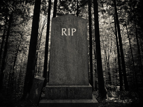 Spooky Forest Gravestone