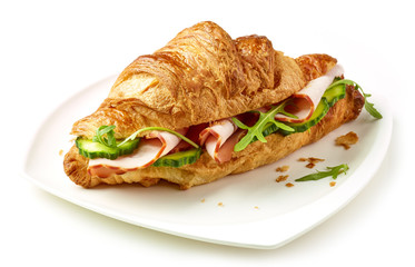 croissant with ham and cucumber