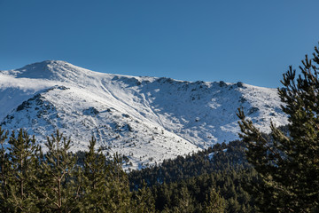 Snowy mountains in the port of Cotos in Guadarrama, Madrid