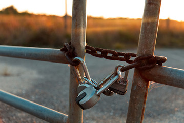Sunset Chain Lock