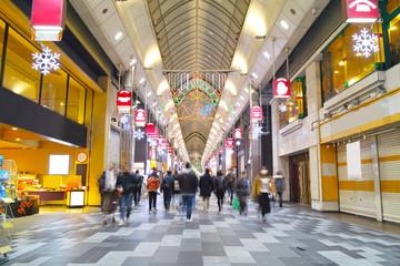 夜の寺町京極商店街