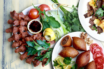 fried liver cubes, Kibbeh and cigkofte