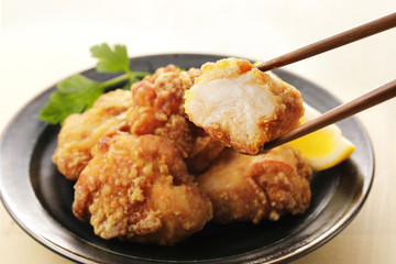 鶏の唐揚げ Japanese fried chicken