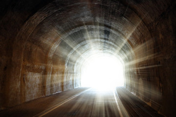 Foto op Plexiglas Tunnel Light at the end of the tunnel