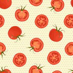 Бесшовный узор на светлом фоне с текстурой из маленьких оранжевых кругов и с изображением цельных томатов и разрезанных томатов.
