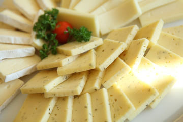 mixed cheese slices dish