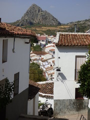 Montejaque, pueblo de la provincia de Málaga en la  la serranía de Ronda, Andalucía (España) que pertenece al Parque Natural de la Sierra de Grazalema