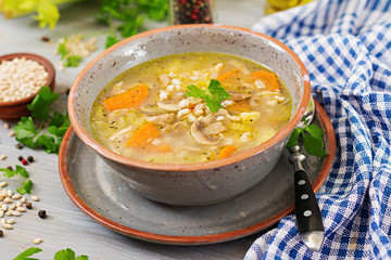 Thick soup with pearl barley, celery, chicken, and mushrooms. Dietary menu