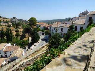 Grazalema , pueblo blanco de Cádiz, Andalucía (España) enclavado en la zona de reserva del Parque Natural Sierra de Grazalema