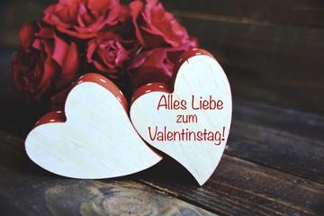 Valentinstag   Rote Rosen Und Zwei Herzen   Valentinsgrüße