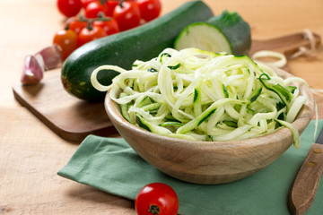 Zucchini noodles with cherry tomato