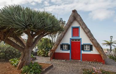 Casas de Colmo, Santana, Madeira, Portugal