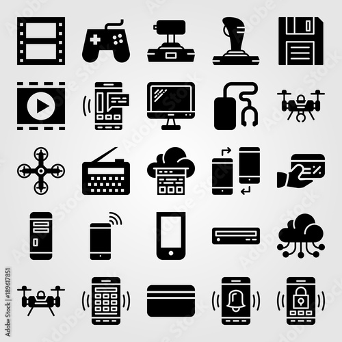 Technology vector icon set  doskette, monitor, music player and